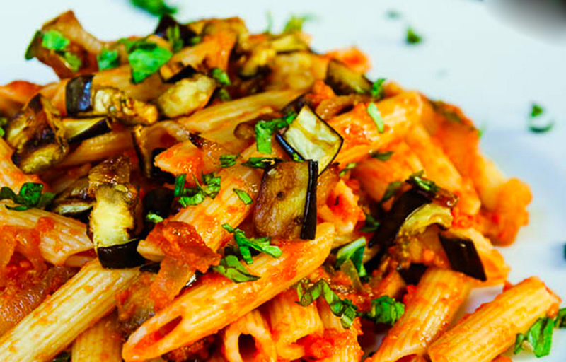 roasted-ggplant-caramelized-onion-pasta-lucelle