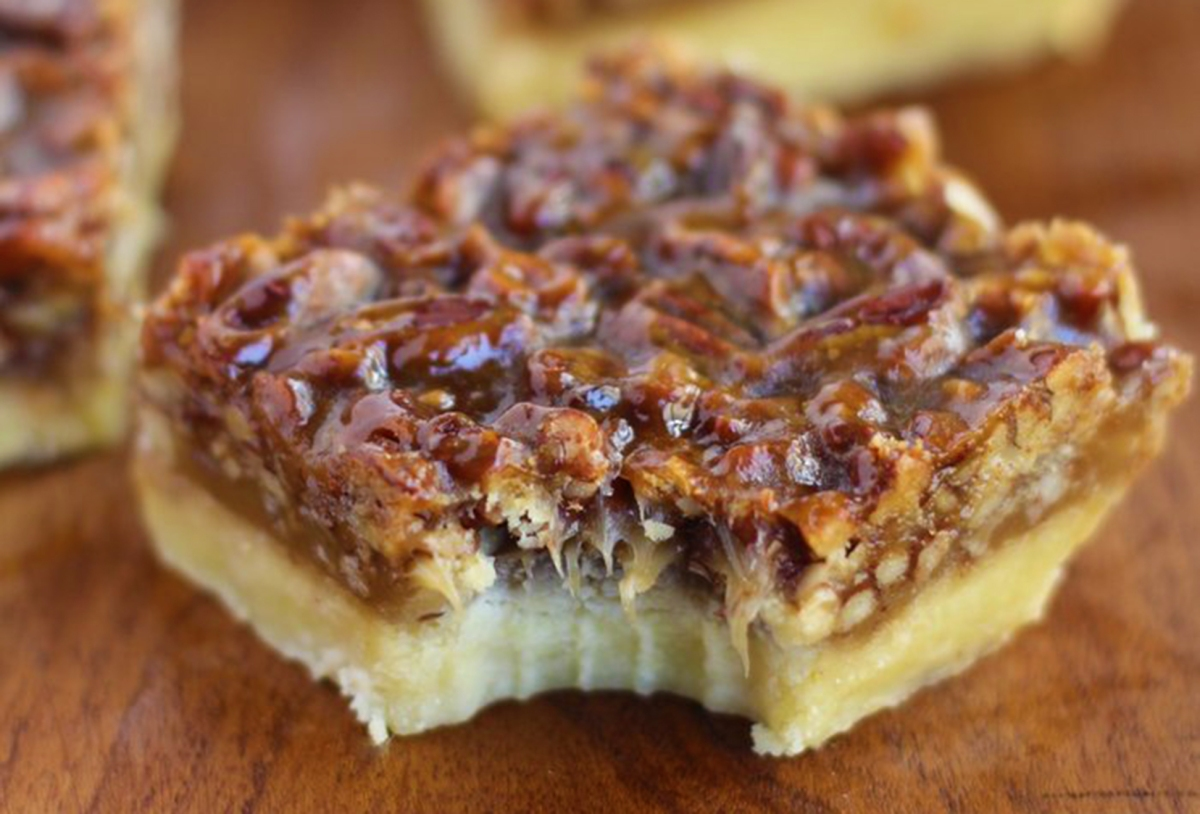 Pecan Pie Bars with Chocolate – Baking with SlowCooker